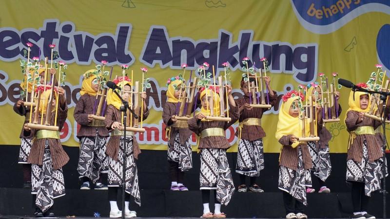 Jogja Bay Gelar Festival Angklung Senandung Anak Negeri
