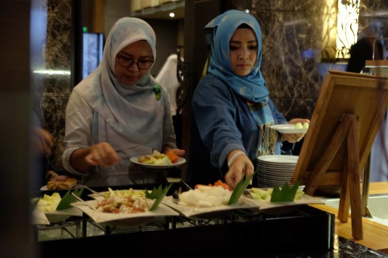 Berbuka Puasa Sambil Beramal Di Hotel Harper Mangkubumi Yogyakarta