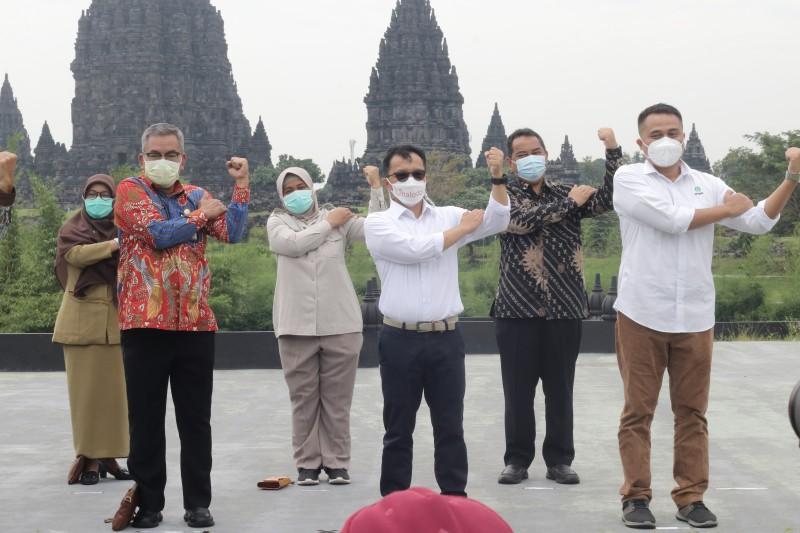 Dukung Wisata Aman, Pemkab Sleman didukung Halodoc dan Gojek Buka Pelayanan Vaksinasi COVID-19 Massal Drive Thru di Yogyakarta