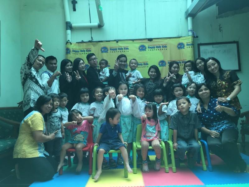 Peringati Hari Gizi Nasional, Merapi Merbabu Hotel berbagi kebahagiaan dengan anak TK