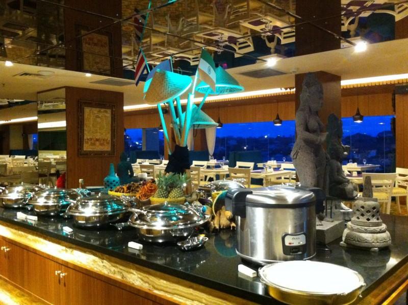 Grand Mercure dan ibis Yogyakarta Adi Sucipto  Mempromosikan Asian Food Festival