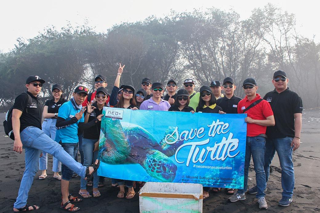 Donasi untuk Penyelamatan Ribuan Penyu oleh Neo+ Awana Yogyakarta