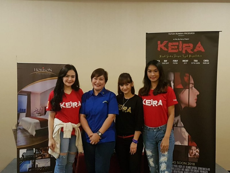 "Cast Film ""KEIRA"" Gelar Pess Conference Di Horison Urip Sumoharjo"