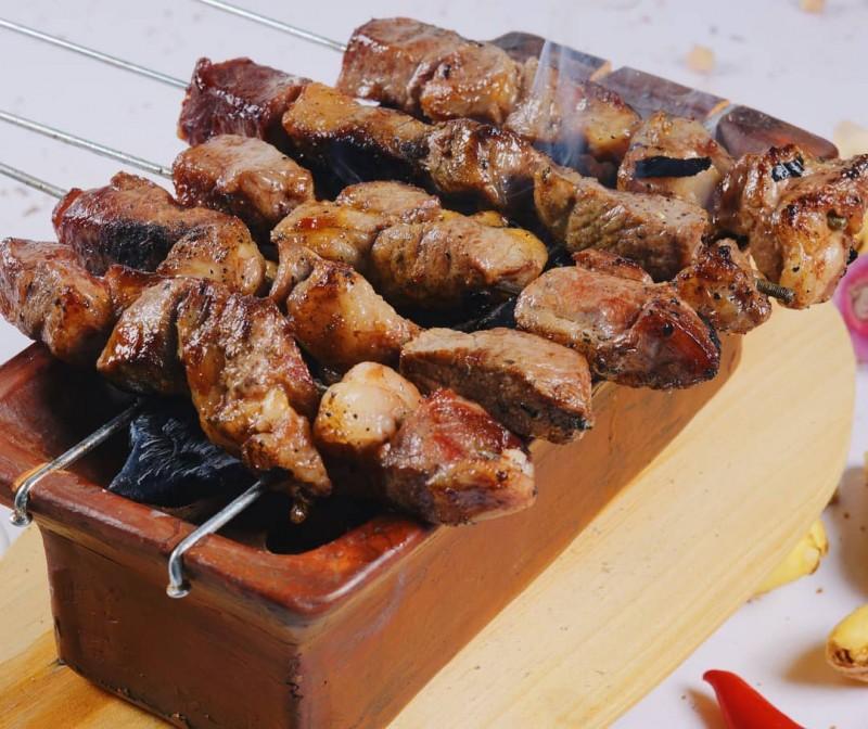 Accor Culinary Journey 2020 Sajikan Sate Klathak dan Wedang Uwuh Khas Yogyakarta
