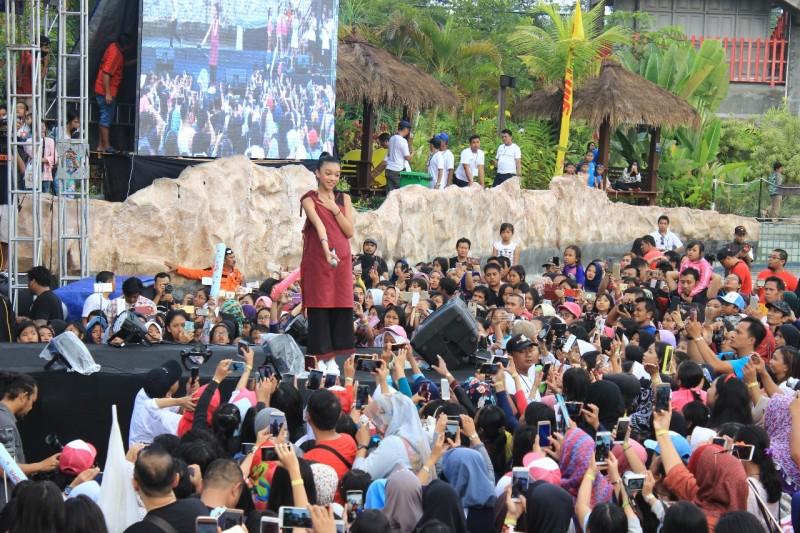 Konser Naura Ramai dan Seru di Jogja Bay Waterpark