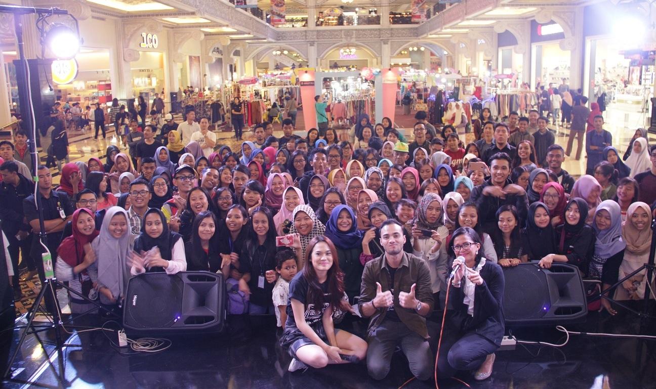 Demi Galih & Ratna, Refal Hady dan Sheryl Sheinafia berkunjung ke Jogja City Mall.